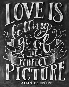 Flow - Magazine for Paper Lovers Chalkboard Art Quotes, Chalkboard Signs, Chalkboards, Chalkboard Ideas, Meaningful Quotes, Inspirational Quotes, Motivational, Hand Lettering Quotes, Find Quotes