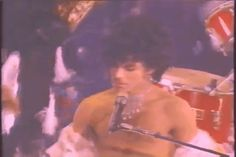 Prince singing Baby I'm a  ⭐️
