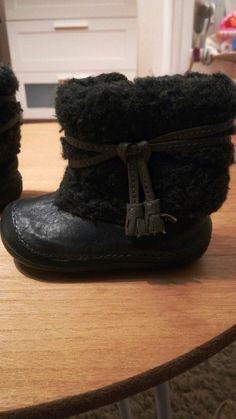 3b8125e3648ef 20 meilleures images du tableau vente chaussures et vêtements filles
