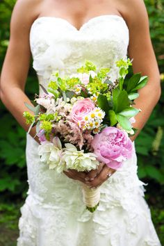 Beautiful real #wedding bouquet ideas http://www.weddingandweddingflowers.co.uk/article/272/real-wedding-bouquets #weddingflowers