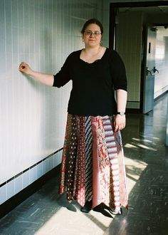 This gives detailed instructions on how to make a sturdy, non-fraying necktie skirt, which is flattering to every figure.