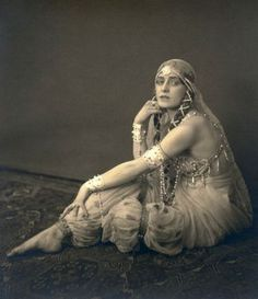 Jenny Hasselqvist as Schereazade , by Henry B Goodwin  Shot on the set of Sumurun c.1920