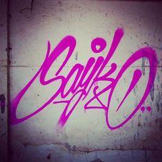 Sayko (@stylekeeperz) showing you pink bits . #sayko #handstyle #graffiti //follow @handstyler on Instagram