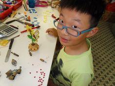 Selan Progressing on his Sun Flower Project http://gariesim.blogspot.sg/2014/04/all-creative-learning-for-children.html