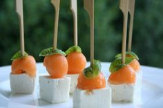 Finger food melon and feta: perfect recipe for cold appetizers Cold Appetizers, Finger Food Appetizers, Great Appetizers, Finger Foods, Appetizer Recipes, Feta, Aperitivos Finger Food, Gourmet Recipes, Healthy Recipes