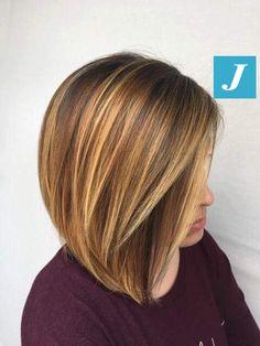 Il piacere unico di indossare il Degradé Joelle e il Taglio Punte Aria! #cdj #degradejoelle #tagliopuntearia #degradé #igers #musthave #hair #hairstyle #haircolour #longhair #ootd #hairfashion #madeinitaly #wellastudionyc