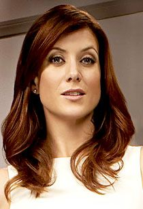 I love Kate Walsh, she is so beautiful. And I love her hair!!