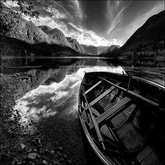 By: Maciek Duczynski