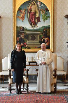 Dokonalá ako Melania: Prezidentka ukázala najvyššiu citlivosť pre vatikánsky protokol, hovorí cirkevný analytik | Diva.sk Painting, Painting Art, Paintings, Painted Canvas, Drawings
