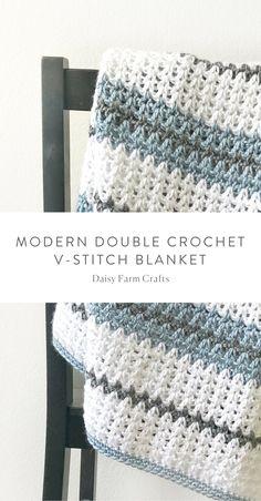 Baby Knitting Patterns Modern Free Pattern – Modern Double Crochet V-Stitch Blanket Crochet Afghans, Baby Boy Crochet Blanket, Crochet Motifs, Crochet Stitches Patterns, Tunisian Crochet, Crochet Blankets, Baby Afghans, Striped Crochet Blanket, Baby Patterns