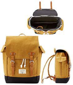 Le produit du jour est un sac à dos proposé par la marque CELIO. Ce sac à dos est destiné à un public masculin, il s'agit d'un sac en toile et cuir avec un système de fermeture à double bouble. On aime vraiment beaucoup le coloris jaune ocre de la toile de ce sac homme et les éléments en cuir qui viennent apporter du cachet à ce produit. A l'intérieur, on trouve utile que le sac possède une poche qui permet de transporter facilement un PC portable, ce sac peut donc être utilisé p...