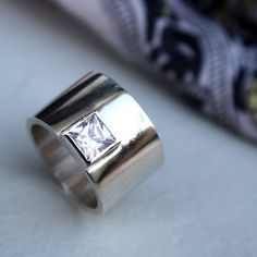 if i ever get engaged... please direct my significant other to this design for a ring.... http://www.etsy.com/listing/74523119/chic-statement-ring-by-lolaandcash