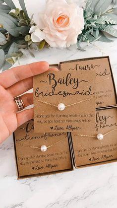 Gifts For Wedding Party, Party Gifts, Wedding Favors, Our Wedding, Dream Wedding, Wedding Invitations, Wedding Souvenir, Wedding Ideas, Bridesmaid Gift Boxes