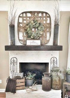 35 Popular Farmhouse Fireplace Decor Ideas And Remodel. If you are looking for Farmhouse Fireplace Decor Ideas And Remodel, You come to the right place. Below are the Farmhouse Fireplace Decor Ideas . Diy Home Decor Rustic, Cheap Home Decor, Decoration Design, Decoration Table, Living Room With Fireplace, My Living Room, Small Living, Living Room Decor Country, Modern Living