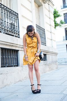 Pepa_Love_Dress-Yellow-Fishtail_Braid-Outfit-Street_Style-20
