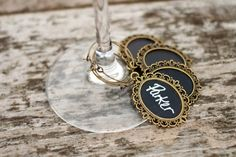 Mini gold chalkboard wine glass charms. Source: etsy  #wineglasscharms #gold