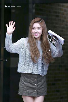 Red Velvet Irene Airport Fashion - Official Korean Fashion