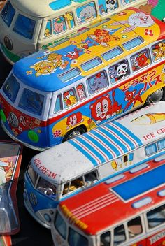 VW Volkswagen Bus by KDFKID, via Flickr ◉ re-pinned by http://www.waterfront-properties.com/junobeachrealestate.php