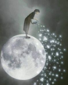Illustration Moon A shower of Stars to illuminate the night of those who are alone ! Surrealism Photography, Art Photography, Exposure Photography, Levitation Photography, Sun Moon Stars, Moon Pictures, Good Night Moon, Moon Magic, Beautiful Moon