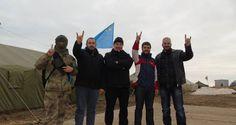 Graue Wölfe bei der Krim-Blockade. Bild: Facebook/Truth about situation in Ukraine