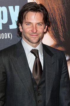Bradley Cooper Photo - Bradley Cooper Greets Fans in Paris