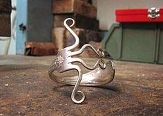 Le bracelet en forme de fourchette des ateliers Borgniol - http://www.lesateliersborgniol.com