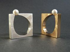 Sophisticated pearl rings