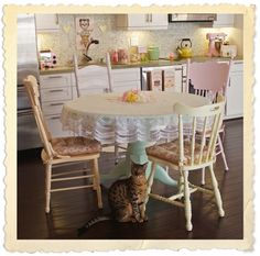 Frilly + Fancy: kitschy kitchen