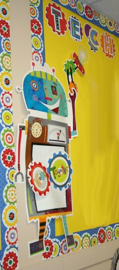 Get students into gear this school year with the Riveting Robots borders and bulletin boards.  And easy way to connect art and technology in the classroom theme.
