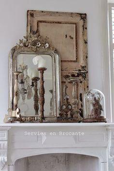 Mantle Display - via Servies en Brocante: Verbouwing is klaar :D Woonkamer