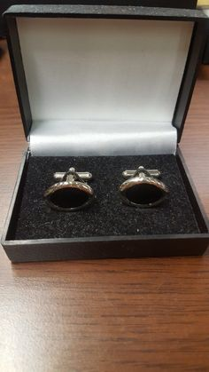 pánske manžetové gombíky The post manžetové gombíky 6 appeared first on MARTTINO Fashion. Wedding Rings, Engagement Rings, Jewelry, Fashion, Enagement Rings, Moda, Jewlery, Jewerly, Fashion Styles