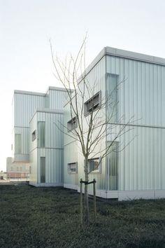 """Résultat de recherche d'images pour """"hedge house wiel arets poulailler"""""""