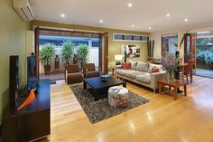 Williamstown, VIC - Neat open living