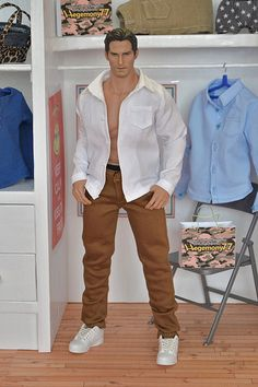 1/ 6 scale Hot Toys TTM 20 action figure in white button down shirt with real buttonholes and jeans pants
