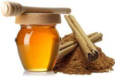 Una cucharada de miel y una pizca de canela en ayuna, ayuda a la limpieza del organismo