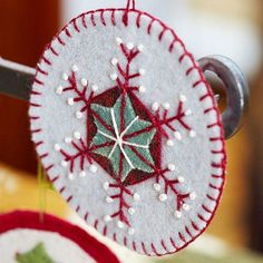 Christmas craft ideas - how to make a snowflake decoration ornament