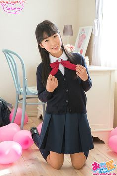 School Uniform Fashion, Japanese School Uniform, School Girl Outfit, School Uniform Girls, Girls Uniforms, Girl Outfits, Cute Outfits, School Girl Japan, Japan Girl
