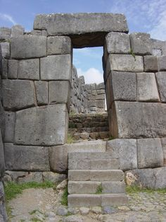 Sacsayhuaman, Peru http://www.southamericaperutours.com/peru/9-days-peru-land-of-the-incas.html