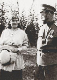 Grand Duchess Anastasia Nikolaevna of Russia with her father, Nicholas II, circa 1916.