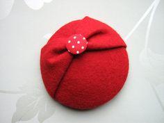Mini Red Felt Hat Red Button Hat Red Hat von LillibetsMillinery