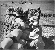[italian-troops-abyssinia-infantrymen.jpg]