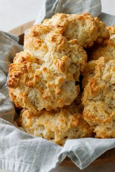 Drop biscuits are heavenly, and considering how little work they are to put together, they're also a real kitchen miracle A few pantry staples and a hot oven are all you need for crunchy golden biscuits with soft interiors They are excellent on their own, but a bit of butter and jam doesn't hurt either