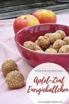 Ad: Recipe for healthy apple-cinnamon energy balls. Healthy snack for in between, kindergarten and school. # Ad: Recipe for healthy apple-cinnamon energy balls. Healthy snack for in between, kindergarten and school. Healthy Snacks To Buy, Healthy Meal Prep, Healthy Dessert Recipes, Easy Snacks, Snack Recipes, Easy Meals, Healthy Food, Desserts Sains, Energy Balls