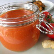 Pečená rajčatová omáčka se zázvorem recept - Vareni.cz Pesto, Chili, Salsa, Jar, Smoothie, Food, Chile, Essen, Smoothies