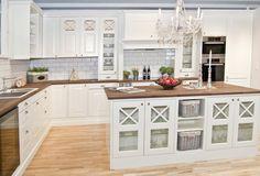 Kitchen Pantry, Kitchen Island, Home Kitchens, New Homes, Fredrikstad, Kitchen Inspiration, Scandinavian, Home Decor, Google