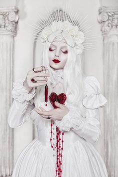 La Dame Blanche by BlackMart on DeviantArt Fantasy Women, Fantasy Art, Fantasy Photography, Photo Reference, Dark Beauty, Soft Grunge, Pastel Goth, Gothic Lolita, Dark Art
