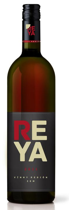 In stock - € 2011 Reya Red, red dry , Slovakia - After drinking two bottles I hesitated whether I feel the wine plum or cherry. The operative became the third bottle, which convinced me sweet cherry flavor. And grandfather beef stew was cut out for him. Wine Drinks, Alcoholic Drinks, Wine Packaging, Packaging Design, Wine Offers, Wine Tourism, Wine Design, Sweet Cherries, Wine And Spirits