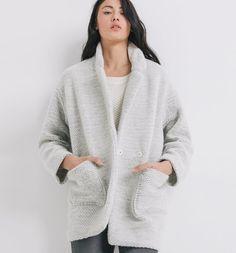 Classic, cape or trench coats. Promod wardrobe basics that go the extra  fashion mile! 3e14e7c595a3