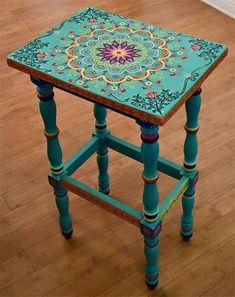 Bohemian floral mandala table