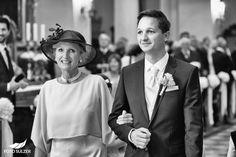 Hochzeit Salzburg Stiftskirche St. Peter Bräutigam mit Mutter